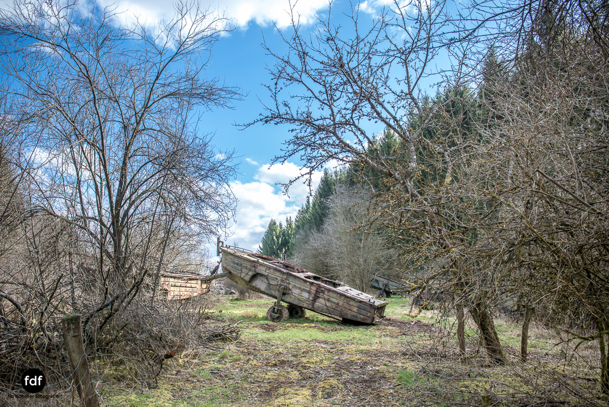 Traction Sud-Schrott-Militär-Lost Place-36.JPG