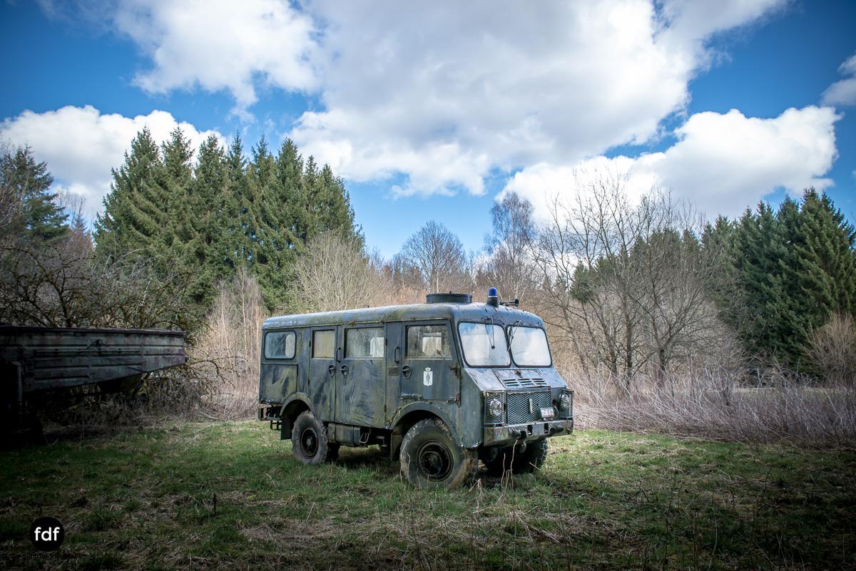 Traction Sud-Schrott-Militär-Lost Place-56.JPG