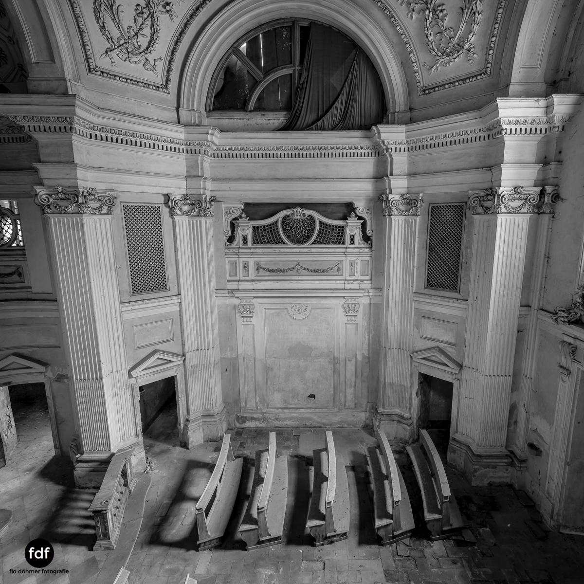 Villa dei Danzatori-Villa RosaPalazzo L-Herrenhaus-Lost Place-Italien-95.JPG