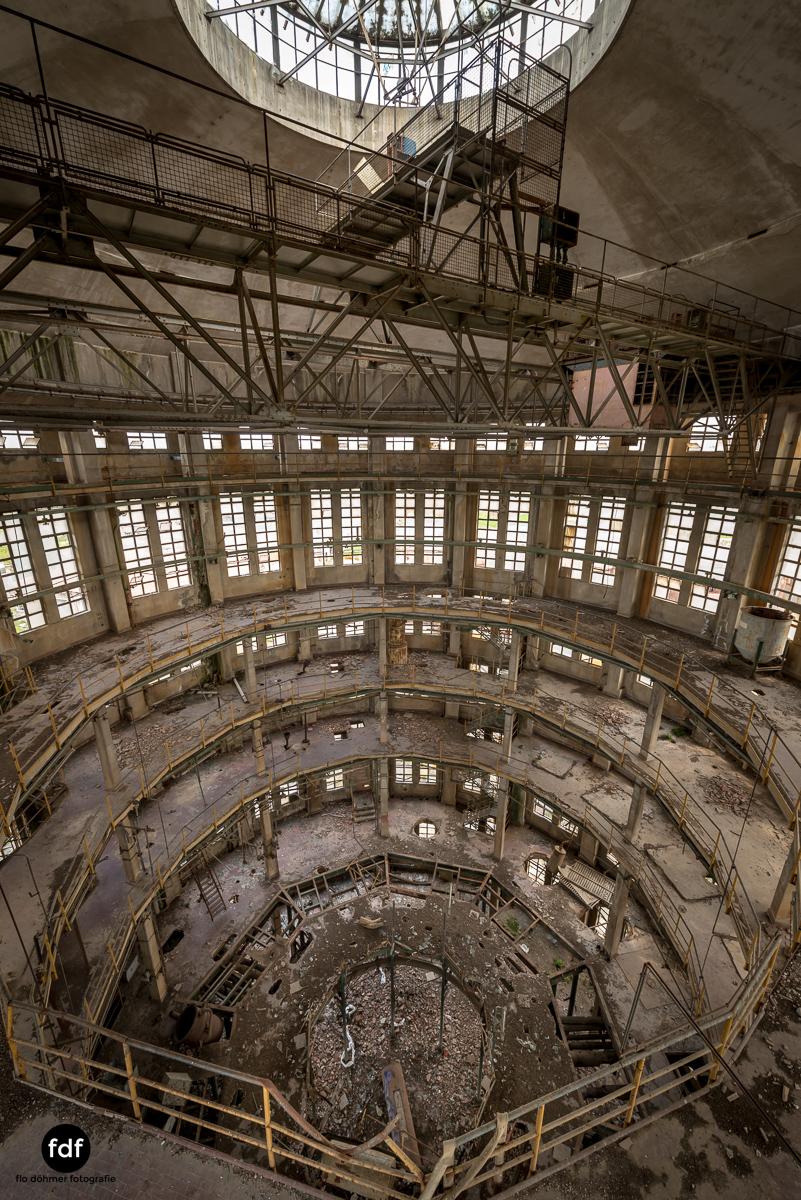 Oculus Tower-Raffinerie-Industrie-Lost Place-Italien-26.JPG