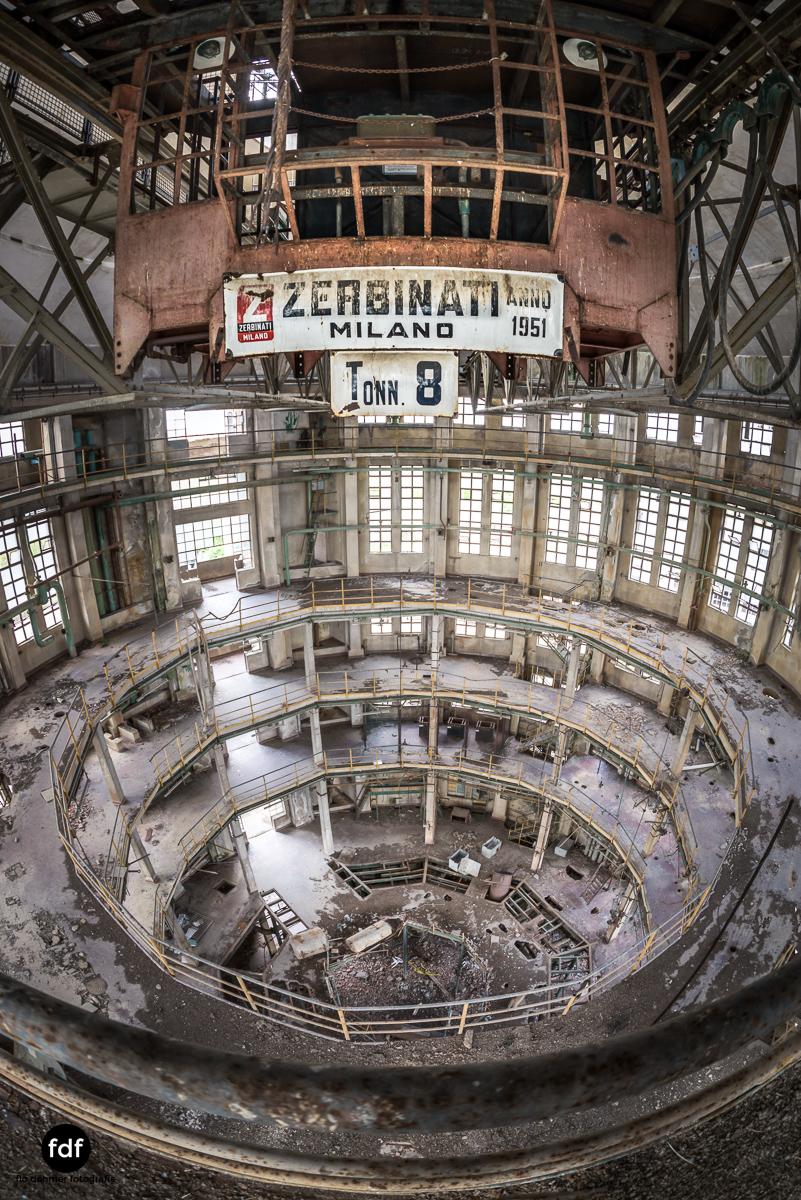 Oculus Tower-Raffinerie-Industrie-Lost Place-Italien-39.JPG