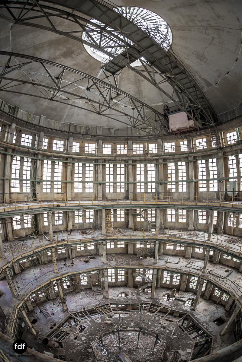 Oculus Tower-Raffinerie-Industrie-Lost Place-Italien-50.JPG