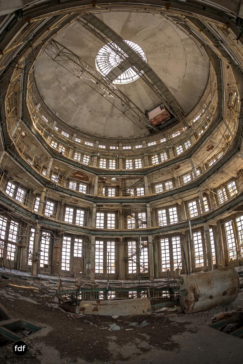 Oculus Tower-Raffinerie-Industrie-Lost Place-Italien-60.JPG