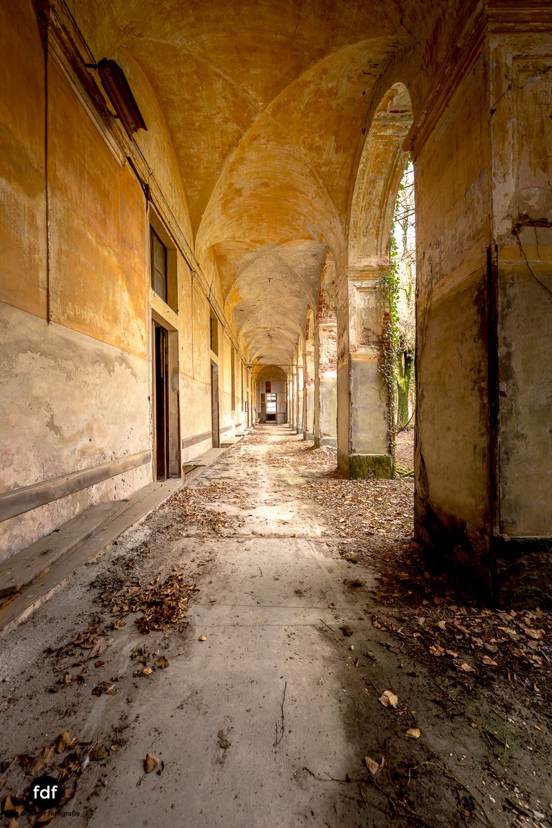 Manicomio di R-Klinik-Asyl-Psychatrie-Lost Place-Italien-10.JPG