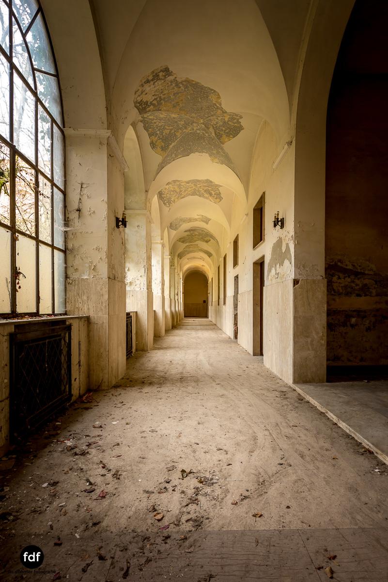 Manicomio di R-Klinik-Asyl-Psychatrie-Lost Place-Italien-9.JPG