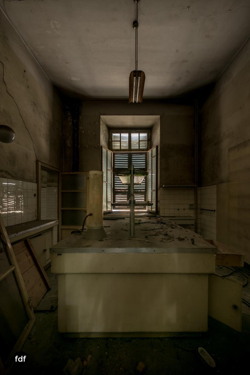 Manicomio di R-Klinik-Asyl-Psychatrie-Lost Place-Italien-63.JPG