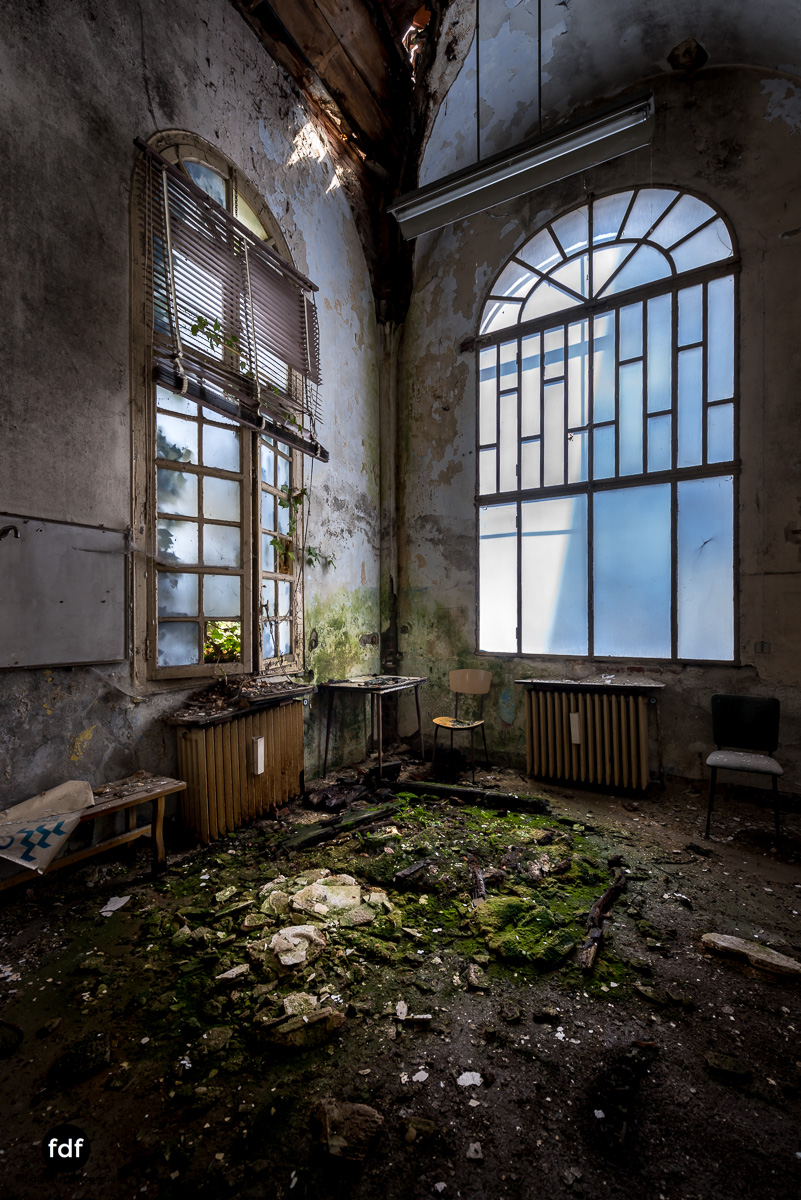 Manicomio di R-Klinik-Asyl-Psychatrie-Lost Place-Italien-69.JPG
