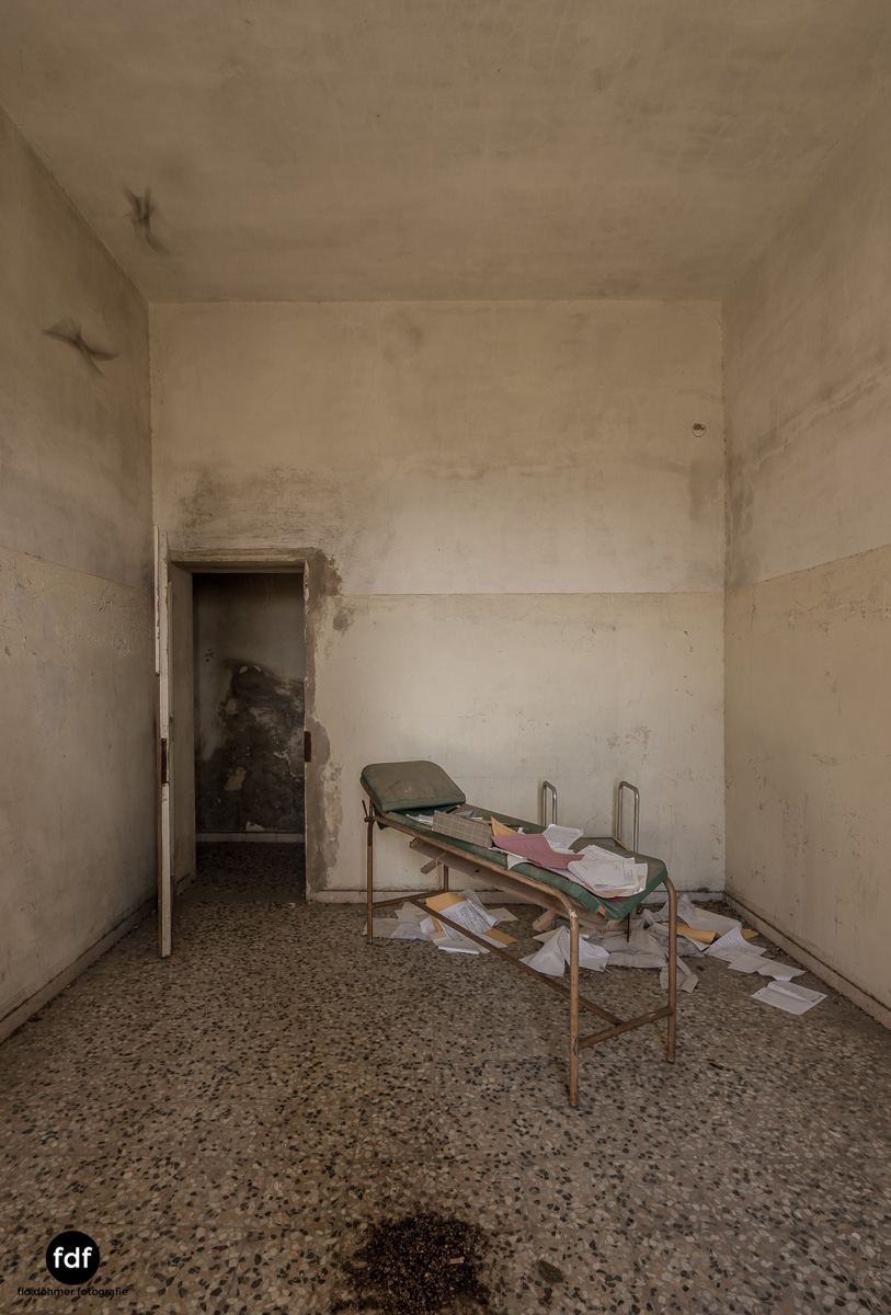 Villa Sbertoli-Klinik-Psychatrie-Herrenhaus-Lost Place-Italien-32.JPG