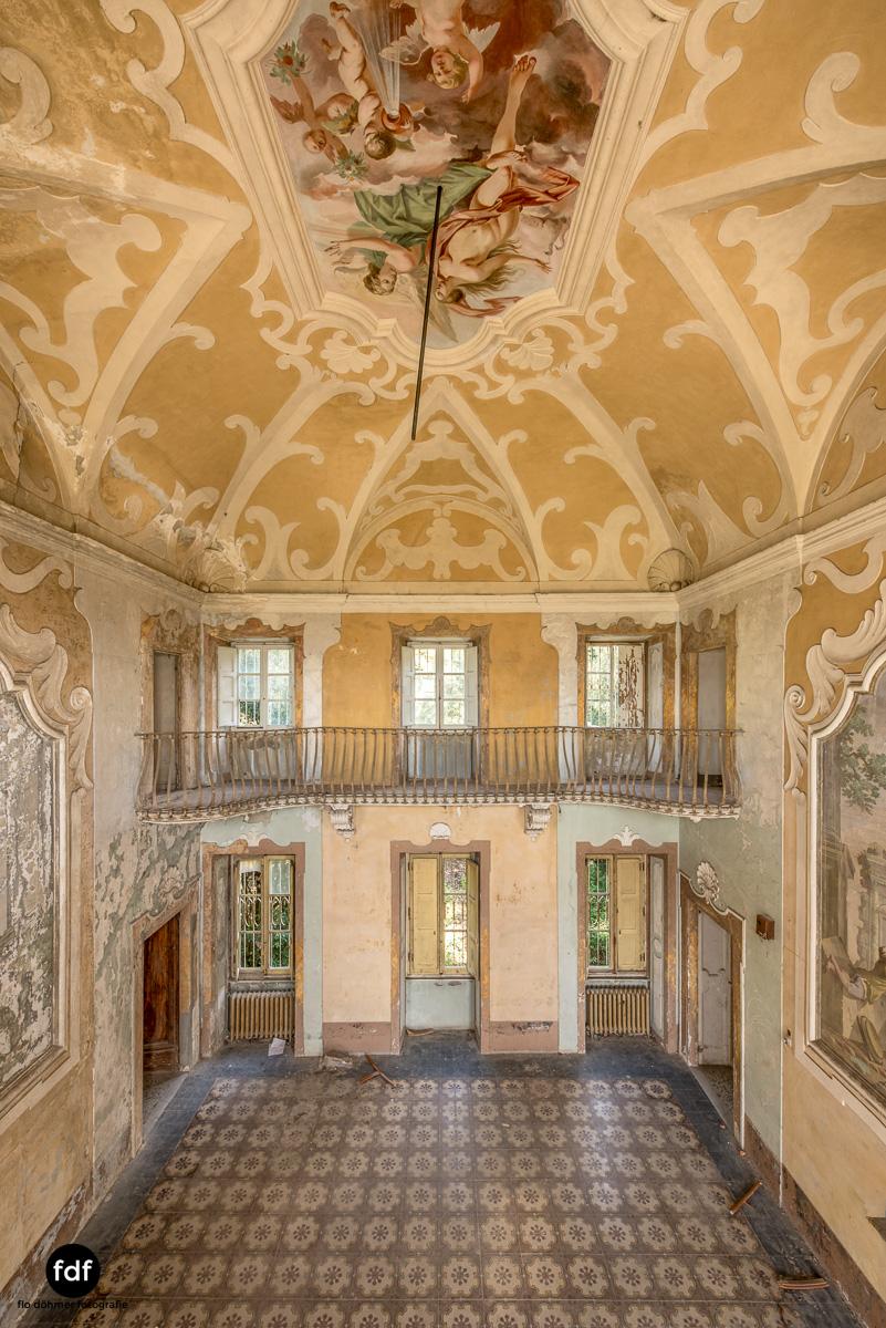 Villa Sbertoli-Klinik-Psychatrie-Herrenhaus-Lost Place-Italien-39.JPG