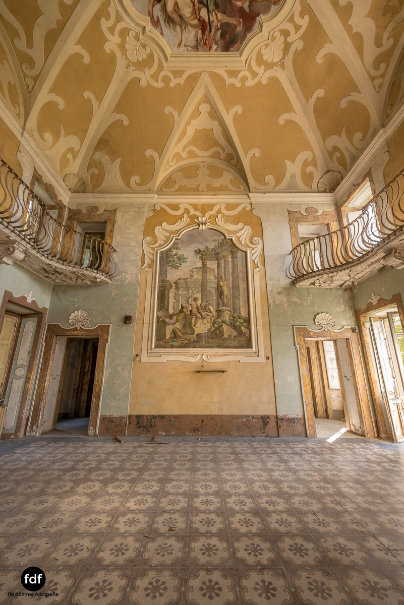 Villa Sbertoli-Klinik-Psychatrie-Herrenhaus-Lost Place-Italien-50.JPG