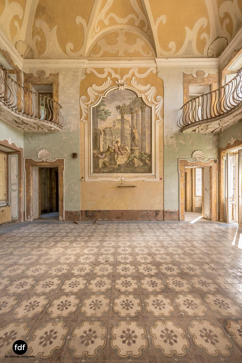 Villa Sbertoli-Klinik-Psychatrie-Herrenhaus-Lost Place-Italien-49.JPG