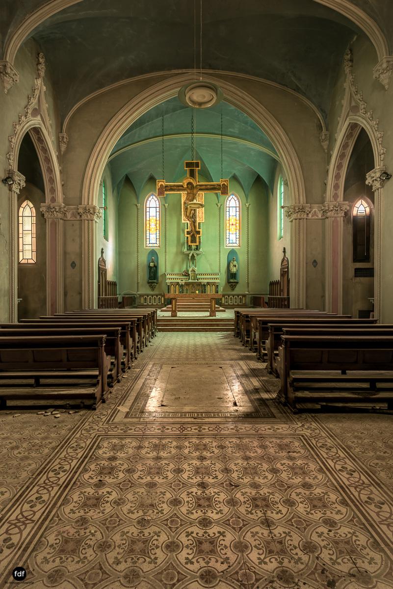 Blue Church Convent-Kloster-Kinderheim-Kirche-Jesuiten-Italien-Lost-Place-25.JPG