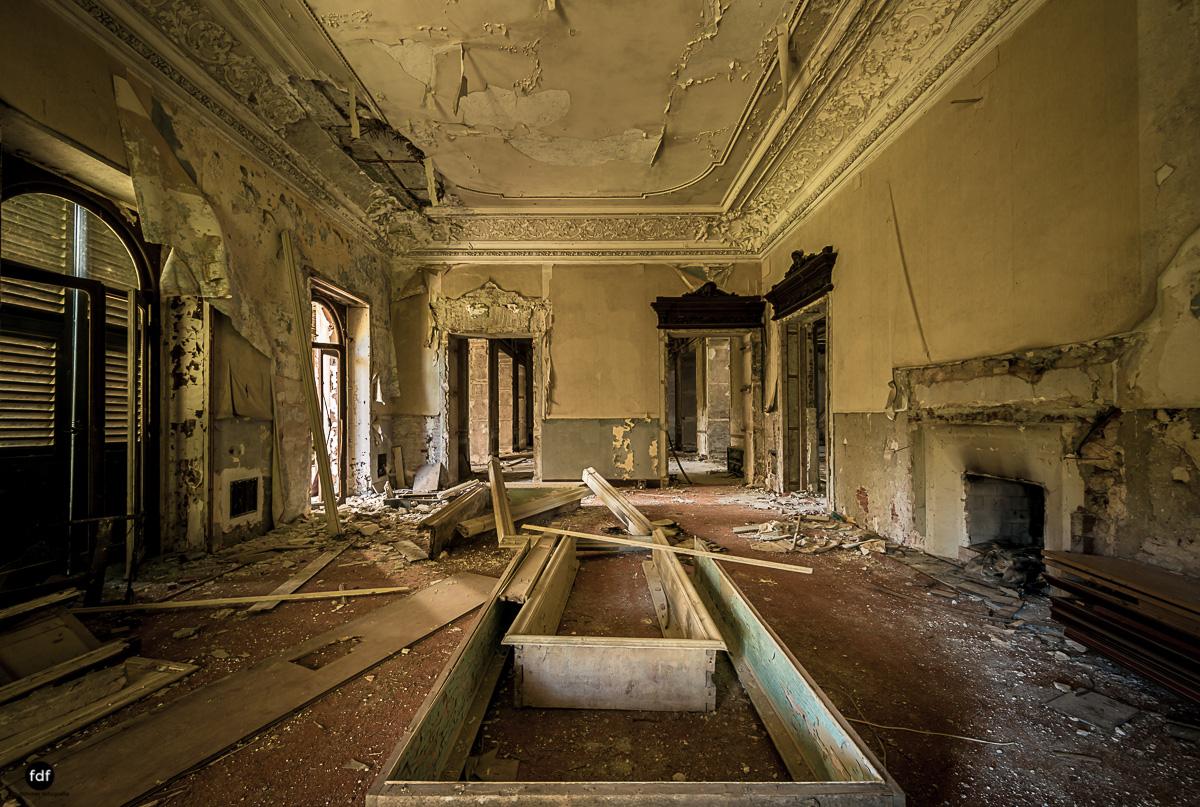 Villa Minetti-Herrenhaus-Lost Place-Italien-7.JPG