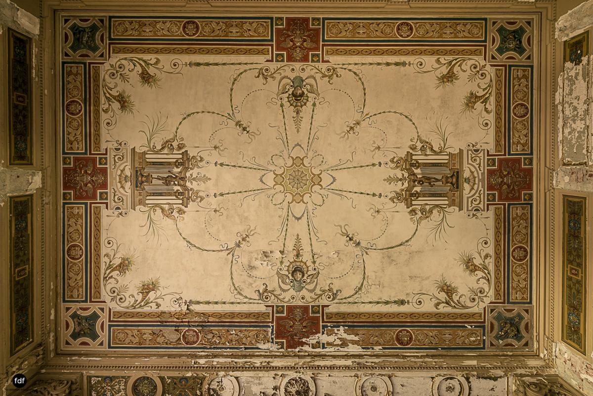 Villa Minetti-Herrenhaus-Lost Place-Italien-11.JPG
