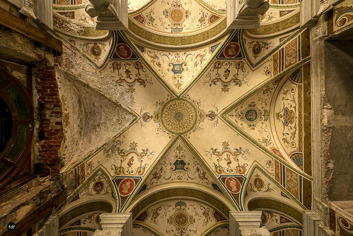 Villa Minetti-Herrenhaus-Lost Place-Italien-13.JPG