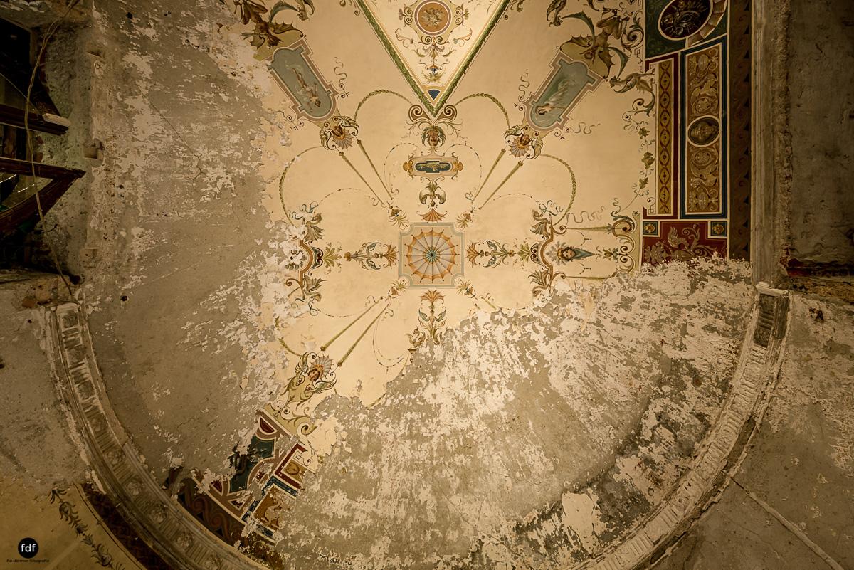 Villa Minetti-Herrenhaus-Lost Place-Italien-14.JPG
