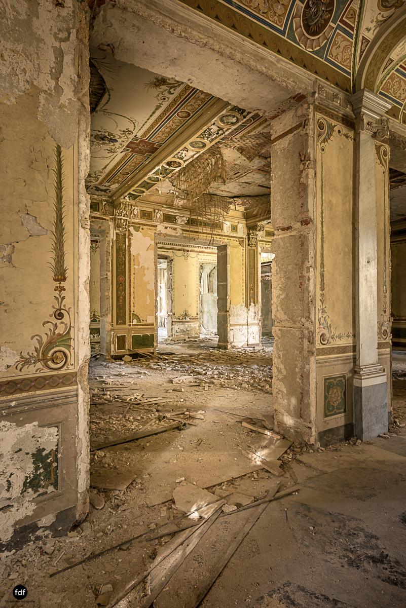 Villa Minetti-Herrenhaus-Lost Place-Italien-16.JPG