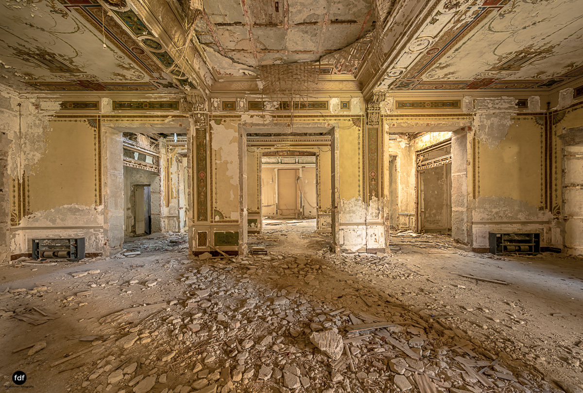 Villa Minetti-Herrenhaus-Lost Place-Italien-21.JPG