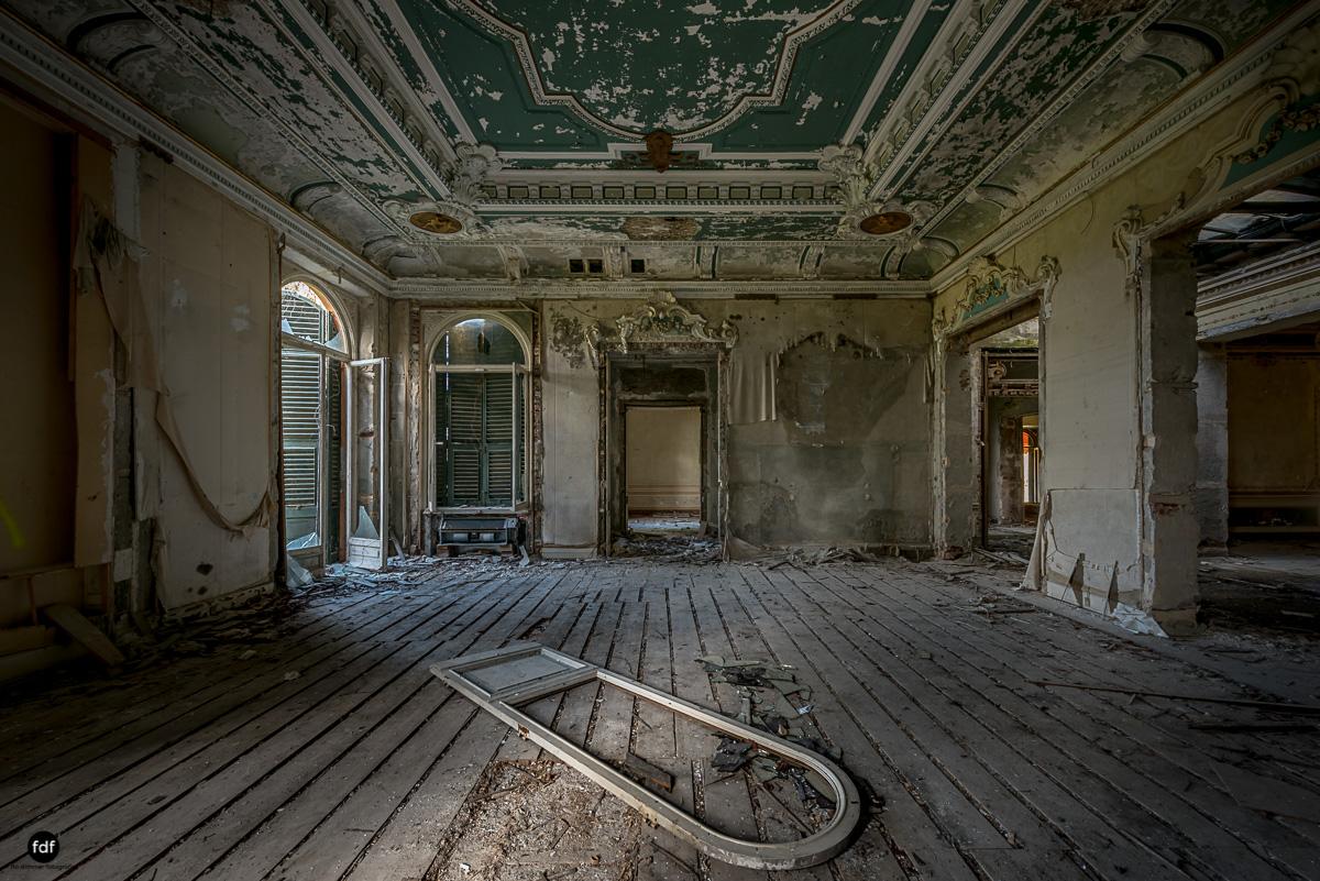 Villa Minetti-Herrenhaus-Lost Place-Italien-26.JPG
