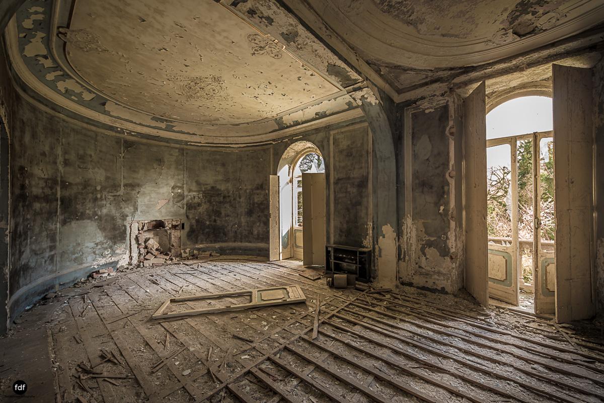 Villa Minetti-Herrenhaus-Lost Place-Italien-47.JPG