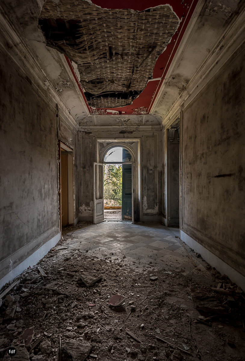 Villa Minetti-Herrenhaus-Lost Place-Italien-48.JPG