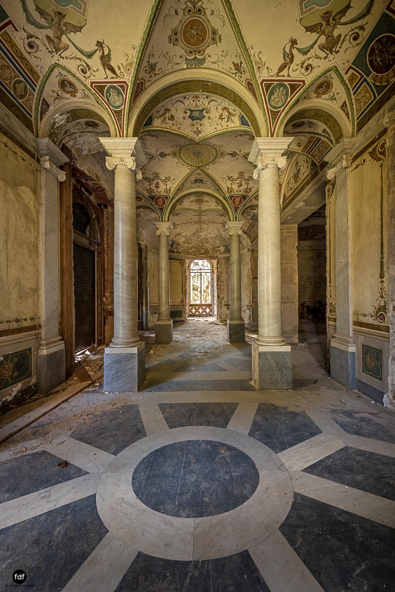 Villa Minetti-Herrenhaus-Lost Place-Italien-71.JPG