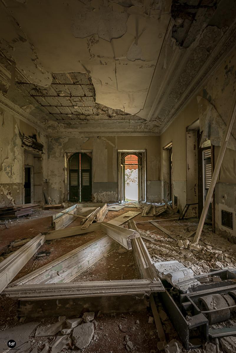 Villa Minetti-Herrenhaus-Lost Place-Italien-74.JPG