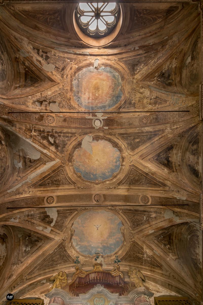 Palazzo di L-Herrenhaus-Kapelle-Lost Place-Italien-72.JPG