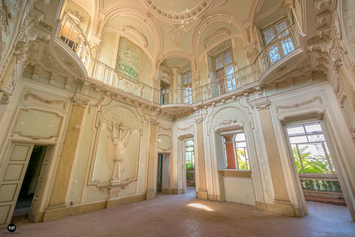Palazzo Mint-Herrenhaus-Lost Place-Italien-5.JPG