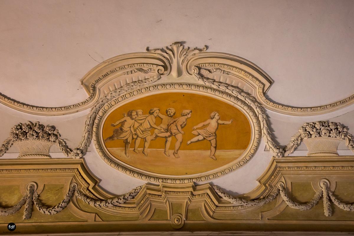 Palazzo Mint-Herrenhaus-Lost Place-Italien-24.JPG