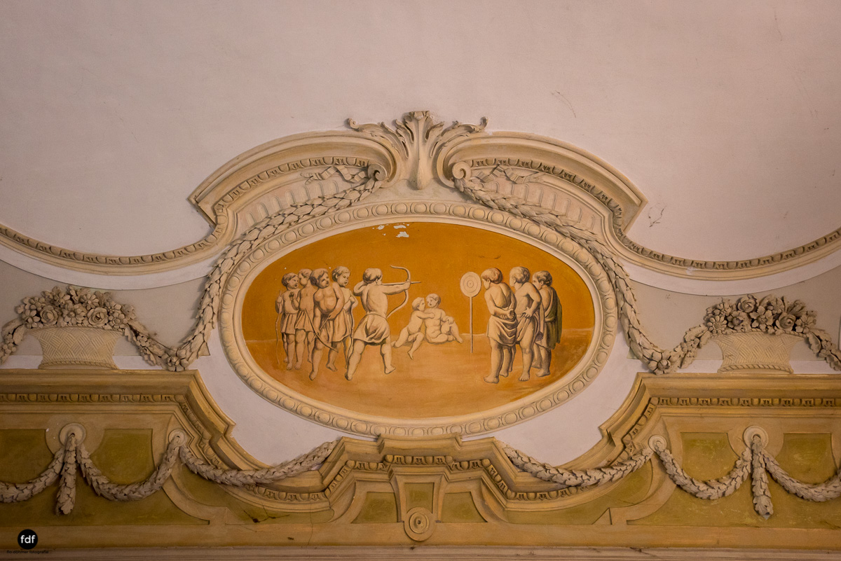 Palazzo Mint-Herrenhaus-Lost Place-Italien-26.JPG
