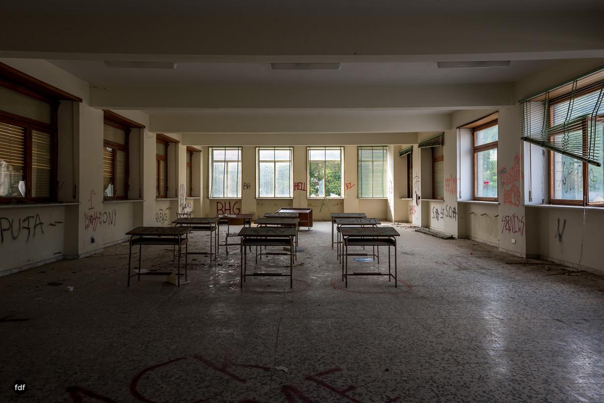 Collegio Salesiano-Internat-Schule-Kloster-Lost Place-Italien-49.JPG