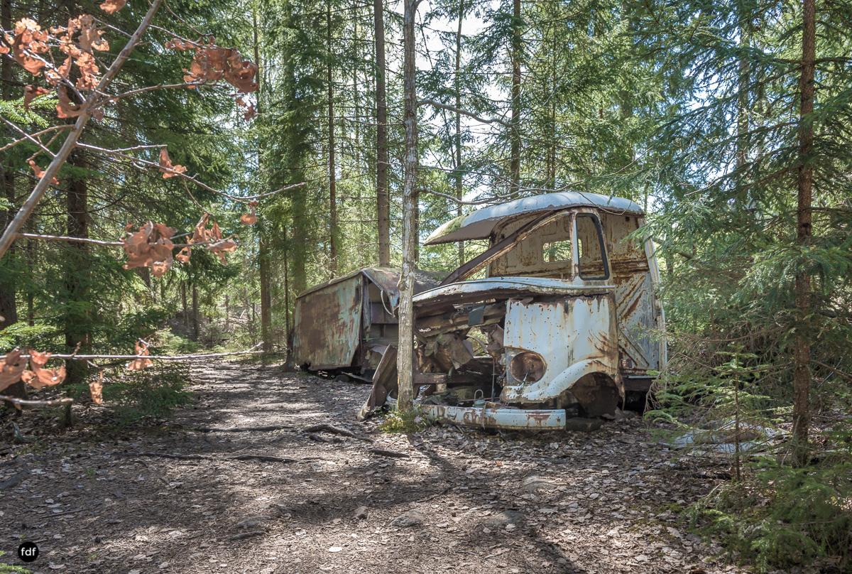 Forgotten Cars-Autofriedhof-Schrott-Lost Place-Schweden-51.JPG