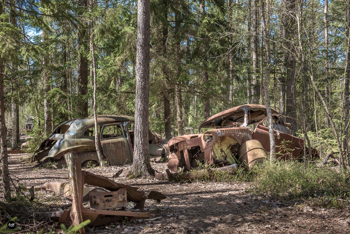 Forgotten Cars-Autofriedhof-Schrott-Lost Place-Schweden-91.JPG