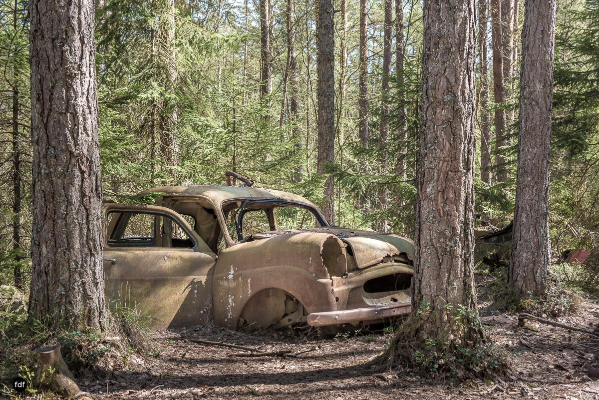 Forgotten Cars-Autofriedhof-Schrott-Lost Place-Schweden-95.JPG