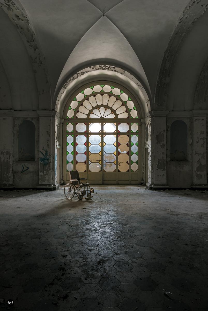 Manicomio di C-Klinik-Psychatrie-Lost Place-Italien-11.JPG
