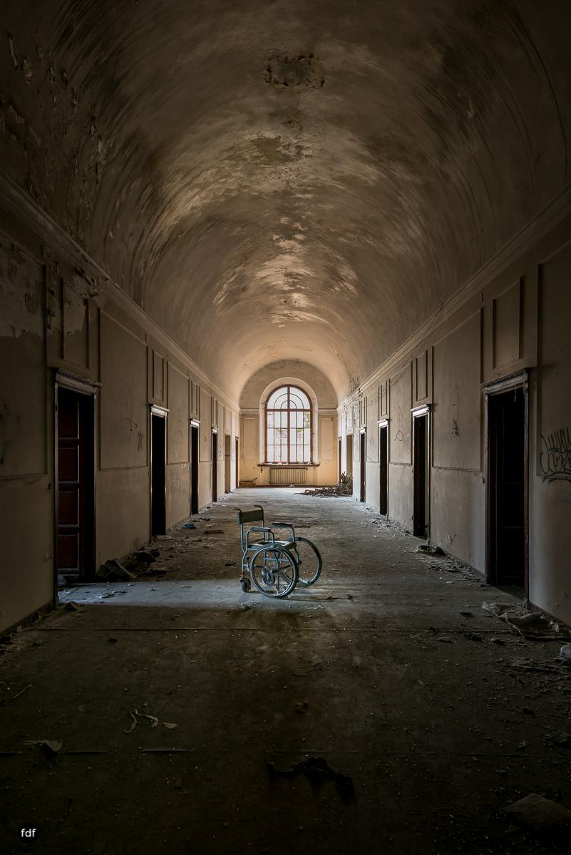 Manicomio di C-Klinik-Psychatrie-Lost Place-Italien-19.JPG