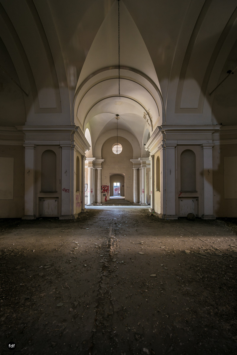 Manicomio di C-Klinik-Psychatrie-Lost Place-Italien-21.JPG