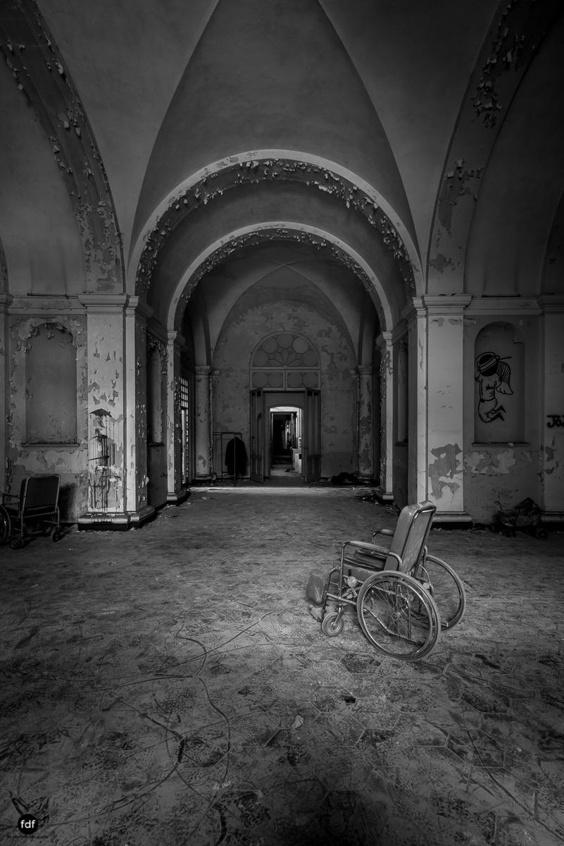Manicomio di C-Klinik-Psychatrie-Lost Place-Italien-30.JPG