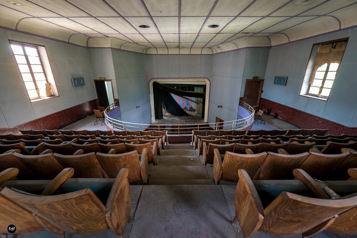 Teatro Circolare-Theater-Kino-Lost Place-Italien-9.JPG