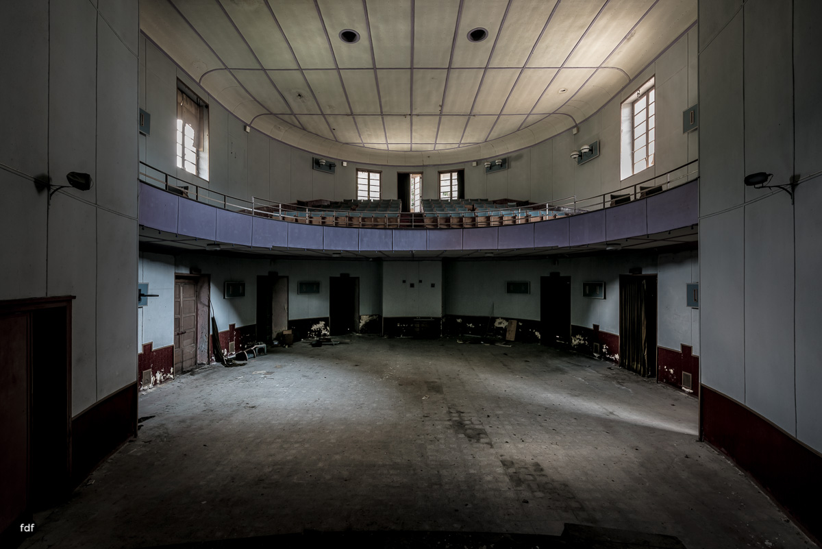 Teatro Circolare-Theater-Kino-Lost Place-Italien-18.JPG
