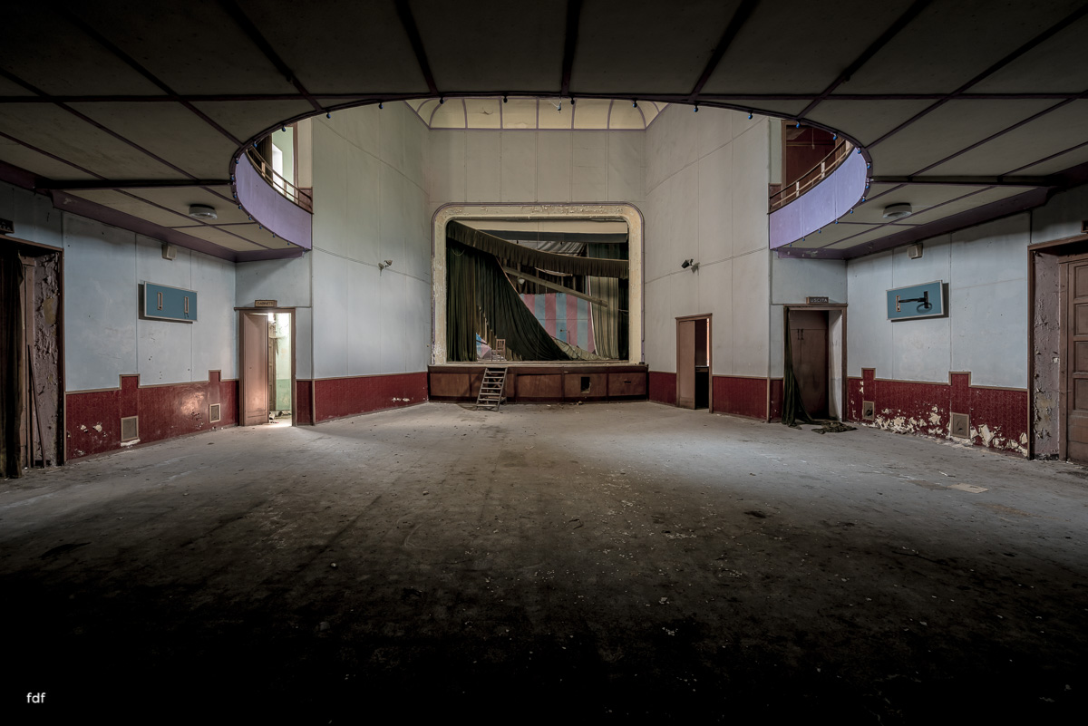 Teatro Circolare-Theater-Kino-Lost Place-Italien-20.JPG