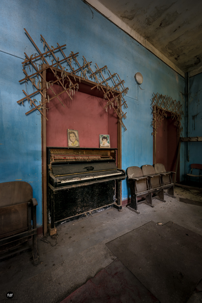 Teatro Circolare-Theater-Kino-Lost Place-Italien-23.JPG