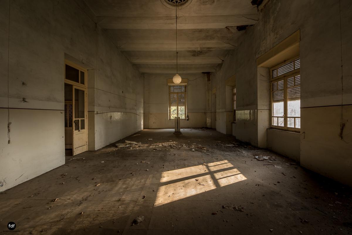Casa di Riposo C-Klinik-Altenheim-Lost Place-Italien-6.JPG