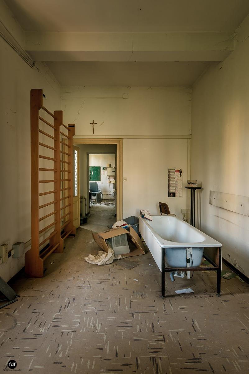 Casa di Riposo C-Klinik-Altenheim-Lost Place-Italien-18.JPG