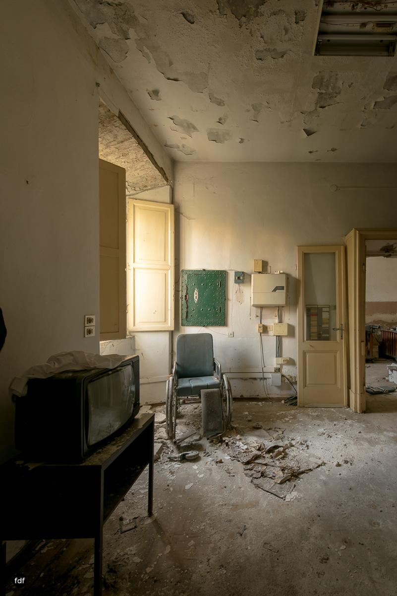 Casa di Riposo C-Klinik-Altenheim-Lost Place-Italien-21.JPG