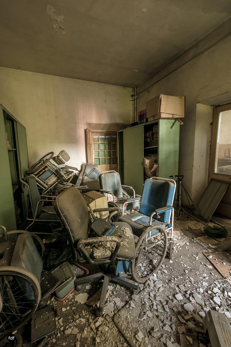 Casa di Riposo C-Klinik-Altenheim-Lost Place-Italien-22.JPG
