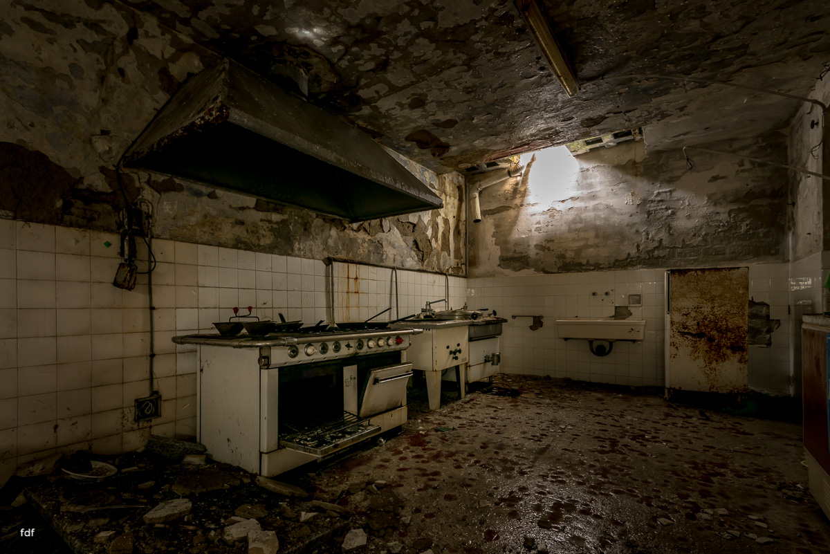 Red Cross Hospital-Klinik-Kinderheim-Lost Place-Italien-2.JPG