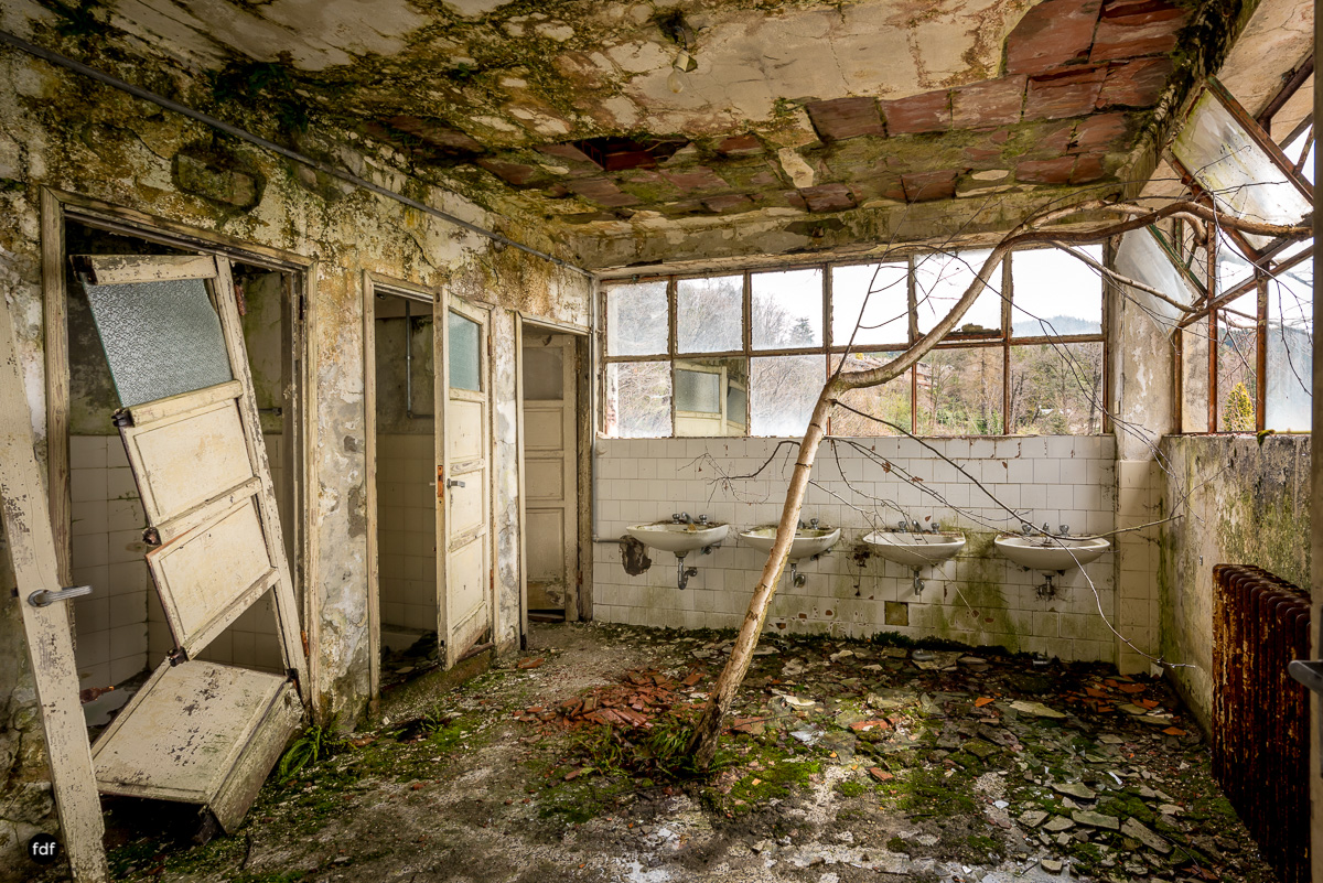 Red Cross Hospital-Klinik-Kinderheim-Lost Place-Italien-36.JPG