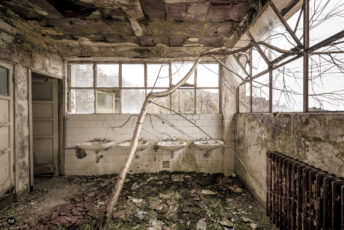 Red Cross Hospital-Klinik-Kinderheim-Lost Place-Italien-38.JPG